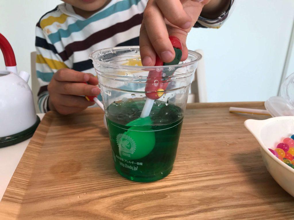 色水遊び(3歳と家で遊ぶ)